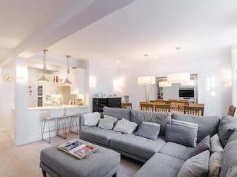 Nevern Square, Earls Court Sw5