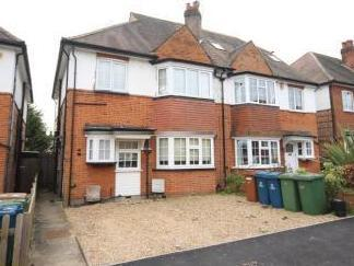 Meadow Road, Pinner Ha5 - Modern