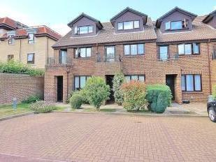 Benwell Court, Lower Sunbury, Middlesex TW16