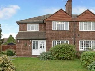 Orchard Avenue, Thames Ditton KT7