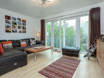 , M9, Manchester - Balcony, Furnished