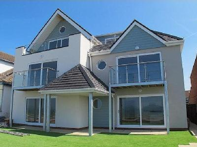 Marine Parade East, Lee-On-The-Solent , PO13