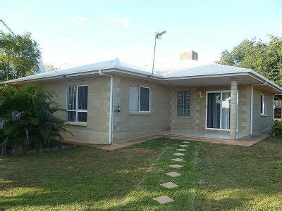 Charters Towers - Air Con, Garden