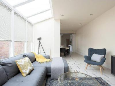, B16, Birmingham - Double Bedroom