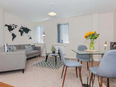, M16, Manchester - Furnished, Modern