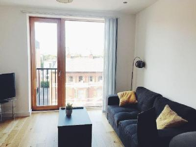 , M3, Manchester - Double Bedroom