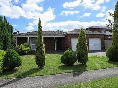 House to rent Redpath Close - Garden