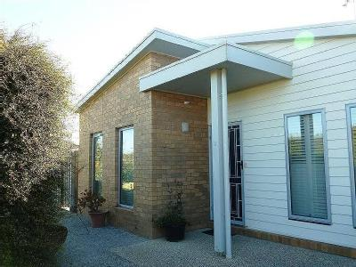2 Heron Court - Furnished, House