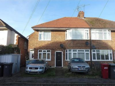 Northcroft, Slough, Sl2 - Garden