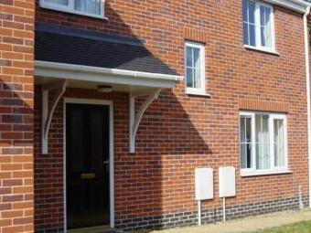 Mosely Court, Norwich NR5 - Parking