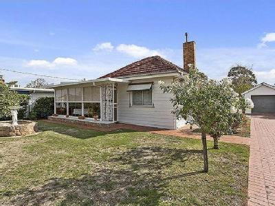 Mt Baimbridge Road, Hamilton - Garden