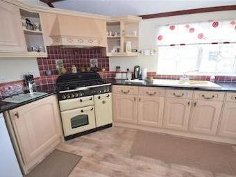 Property for sale, Winkleigh Ex19