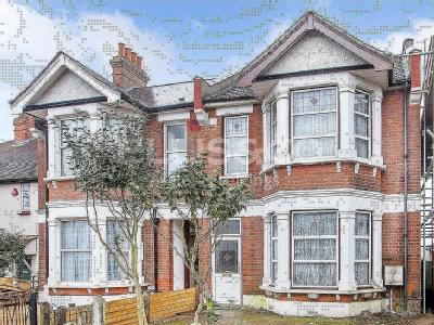 House for sale, Park Road, Nw4