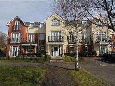 Mayfair Court, Stonegrove, Edgware, Greater London. HA8, HA8, London