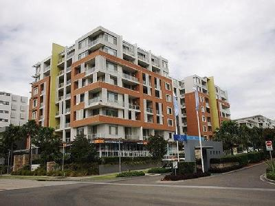 Hill Road, Wentworth Point - Balcony