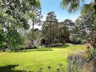 South Ridge, St George's Hill, Weybridge, Surrey, KT13