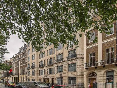 Flat to let, Portland Place - Balcony