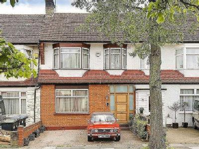 Princes Avenue, London , N13 - Garden