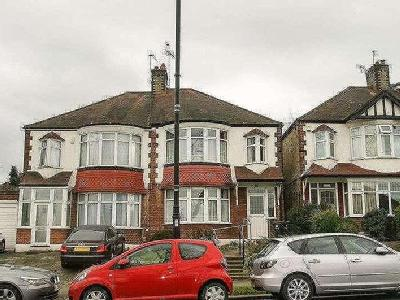 Winchmore Hill Road, Southgate, N14