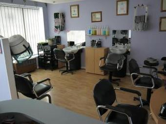 Hair Salons LS28, Pudsey, West Yorkshire