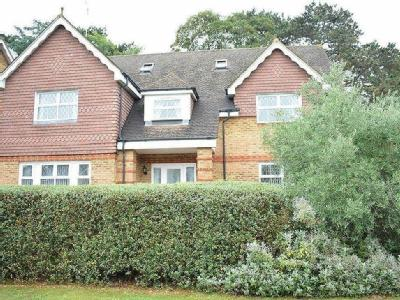 Quarry Gardens, Leatherhead, Kt22
