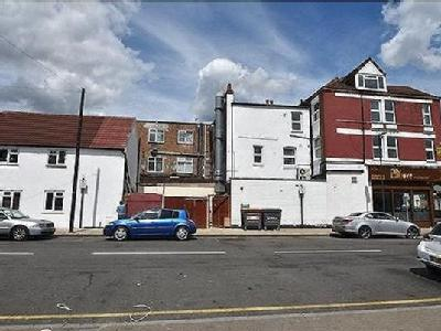 2 bedroom flat for sale - Freehold