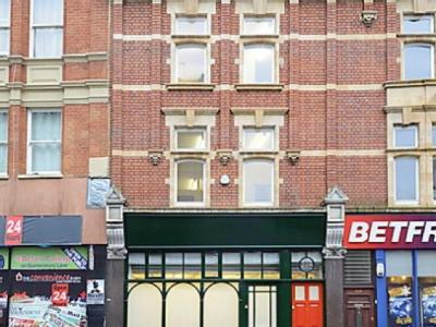 Flat for sale, High Street - Freehold