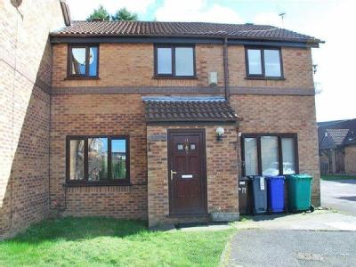 Samesfield Close, Longsight, M12