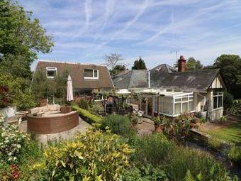 House for sale, Satchell Lane