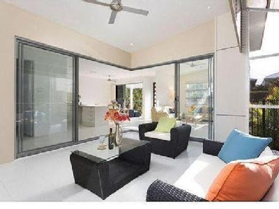 Property to buy Arundel, QLD - Patio