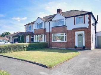 Petters Road, Ashtead KT21 - Detached