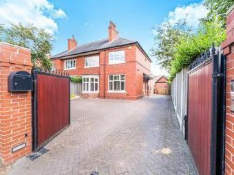 Doncaster Road, Bawtry, Doncaster DN10