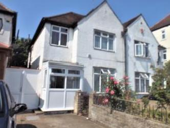 Staines Road, Feltham TW14 - House