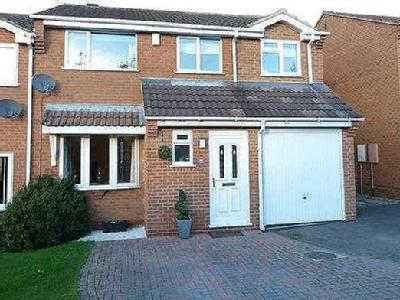 Trent Close, Broughton Astley, Le9