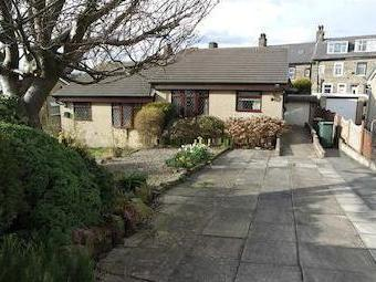 Airedale Road, Undercliffe, Bradford, West Yorkshire Bd3