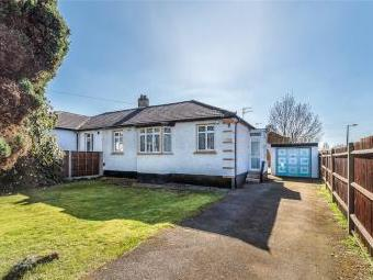 Oundle Avenue, Bushey Wd23 - Bungalow