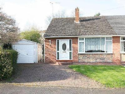 Coniston Drive, Kingswinford, Dy6