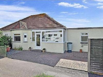 Edith Avenue, Peacehaven, East Sussex, BN10