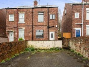 Riber Terrace, Chesterfield, Derbyshire S40