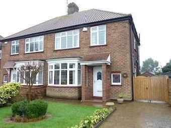 Queen Mary Avenue, Cleethorpes Dn35