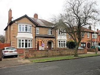 Neville Road, Darlington Dl3 - Garden