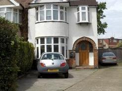 Hale Close, Edgware HA8 - Wood Floor