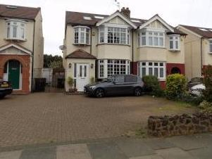 Willow Road, Enfield EN1 - Parking