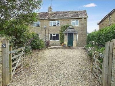 Durncourt, Ampney Crucis, Gl7 - Patio