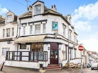 Manor Road, Hastings Tn34 - Listed