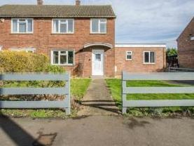 Westmill Road, Hitchin SG5 - Listed
