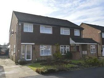Poynes Road, Horley Rh6 - Detached