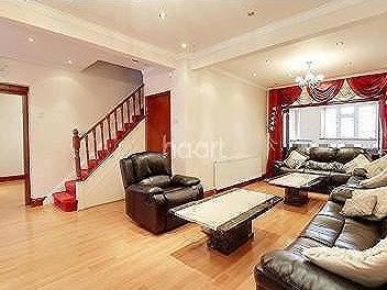 House for sale, Southall - Patio