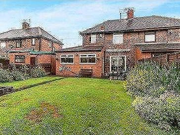 House for sale, Wigsby Avenue - Patio