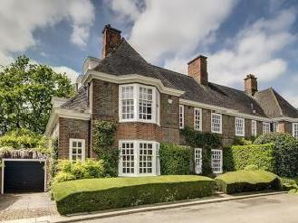 South Square, Hampstead Garden Suburb NW11